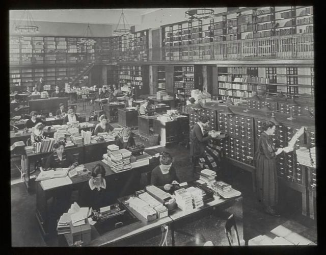 11. Habitación 100 de la Biblioteca Pública de Nueva York