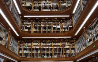 Biblioteca Biblioteconomía y Documentación UGR