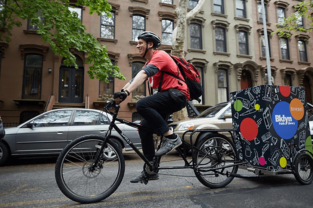 Book bike servicio extensión biblioteca de la Biblioteca Pública de Brooklyn