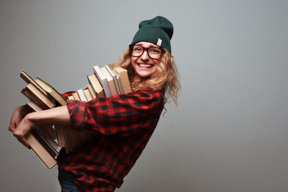 El gasto medio anual por alumno en Libros de texto está entre 215-230 euros
