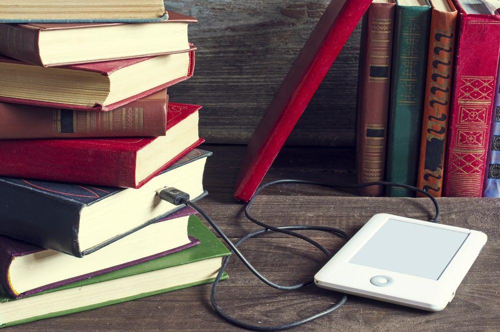 Existe todo un mundo de accesorios y utensilios para nuestros dispositivos móviles de lectura