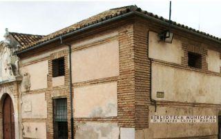 Fachada de la biblioteca pública Archidona