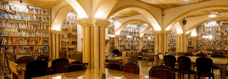 Hotel Literary Man