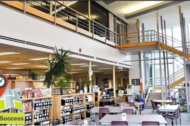 百年理工學院 Centennial College 加拿大東岸公立學院