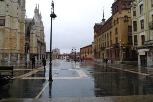 León. catedral y obispado.