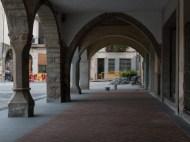 Obres a la plaça de la Vila d'Amer.