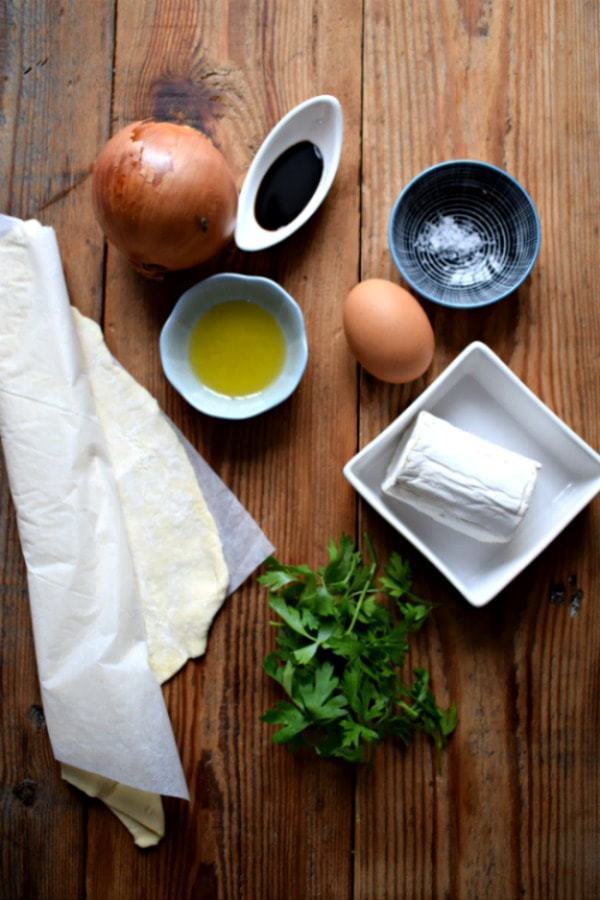 ingredients to make caramelized onion tarts