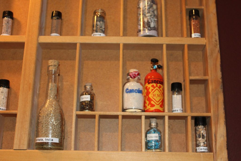 DIY Cheap Fun Sand Vial Shadow Box Collection for Souvenirs from Family Trips.