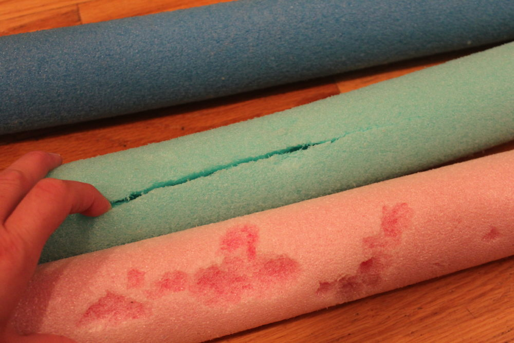 Use the good parts of wrecked and worn out pool noodles to make a DIY Pool Noodle Float Ring.