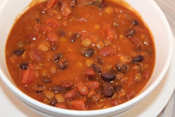Easy Sweet Bean Crockpot Vegetarian Chili, simple and quick prep recipe