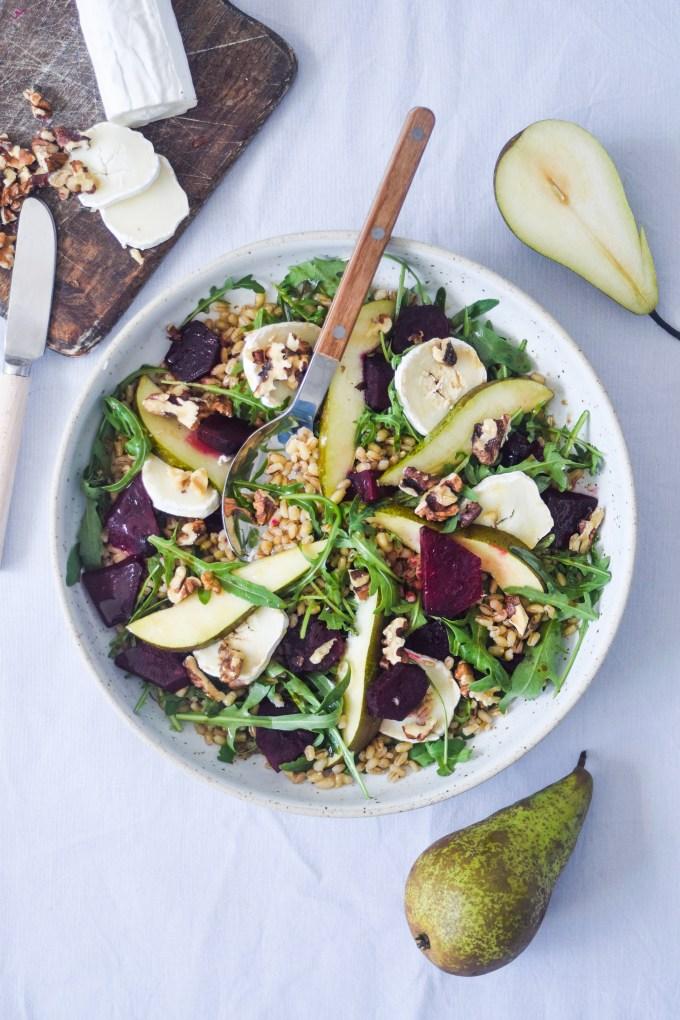 salat med pære og gedeost