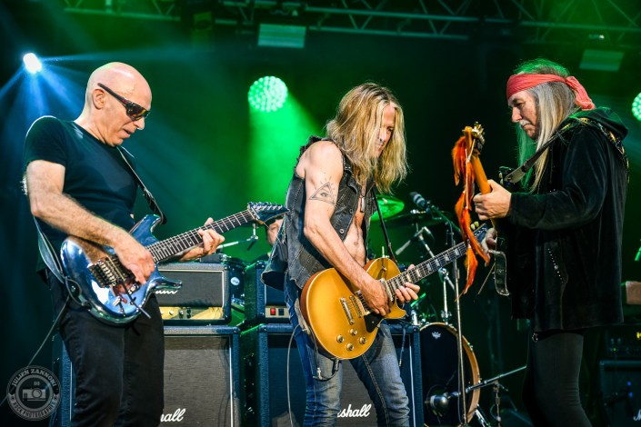 Joe Satriani, Uli Jon roth and Doug Aldrich plays at the Guitare en Scène Festival 2018