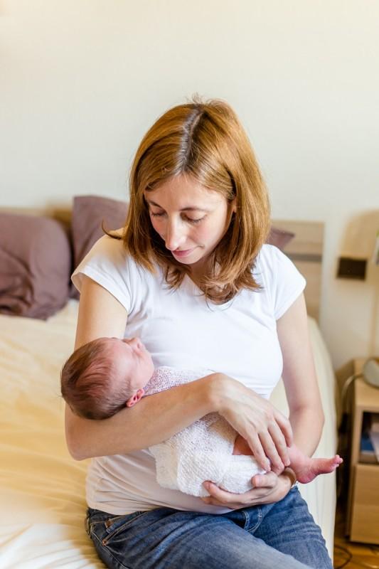 seance photo nouveau ne toulouse julie riviere photographie maternite mariage famille