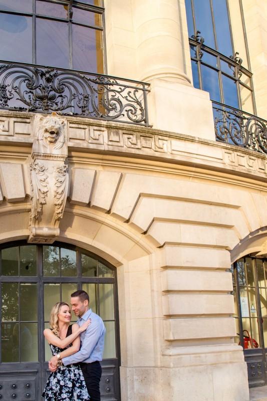 Séance photo engagement Paris Julie Rivière photographie Toulouse Pont Alexandre 3 Véronique et Flavien
