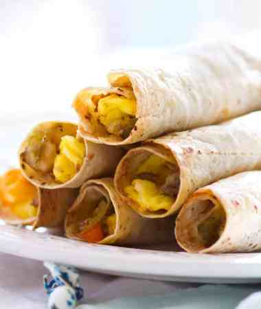 Baked Southwestern Breakfast Taquitos