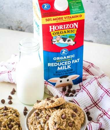 Horizon Organic Milk with cookies