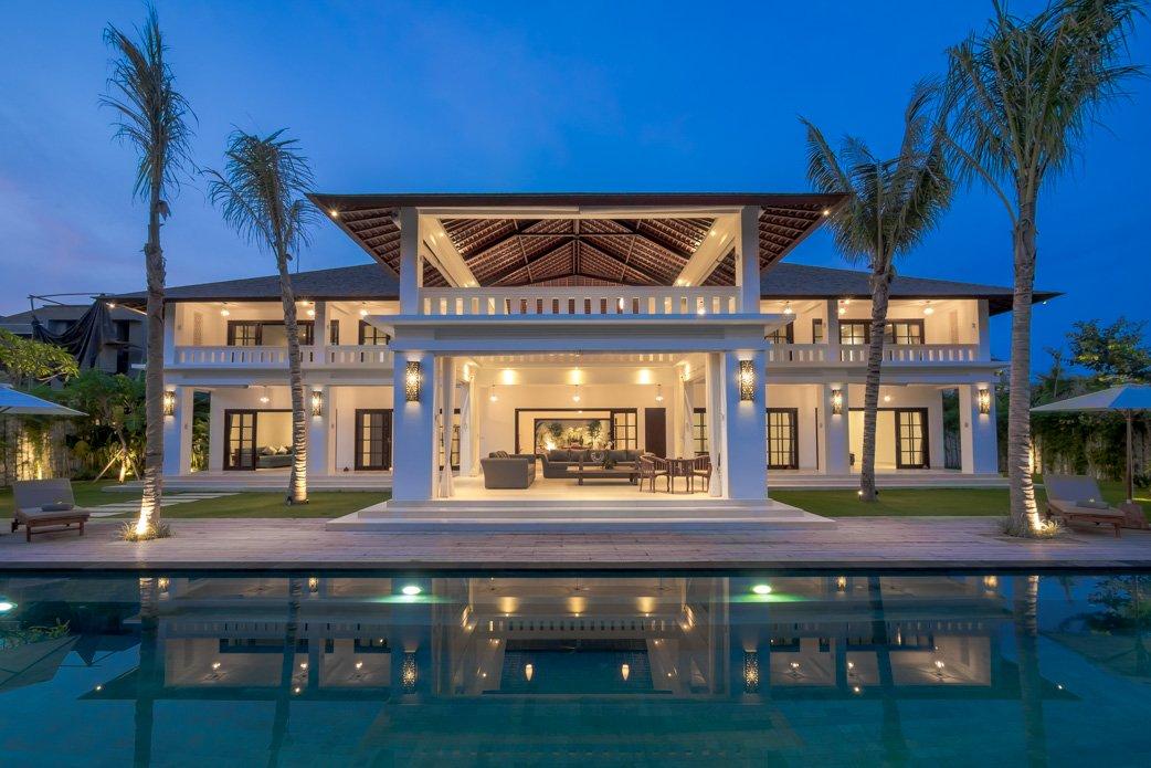 Julius-Homes-Rental-Bali-Canggu-Seminyak-Ubud-Villa