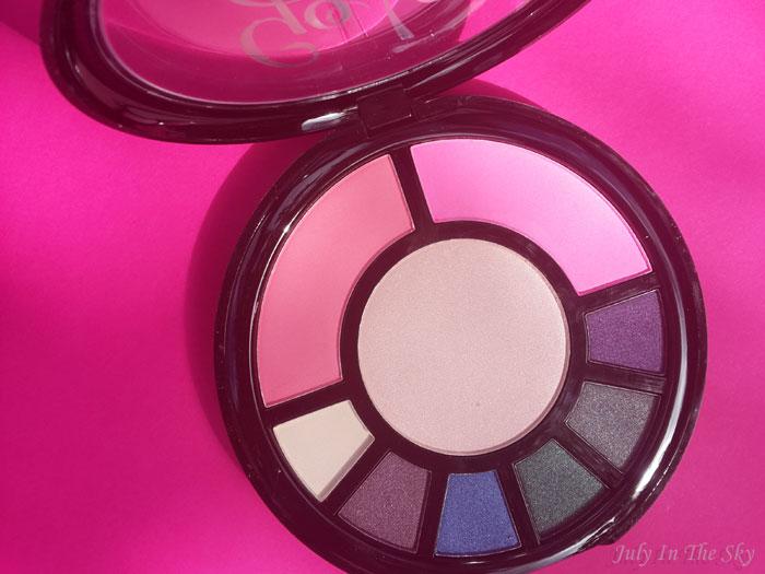 blog beauté haul makeup revolution palette go to the city avis swatch