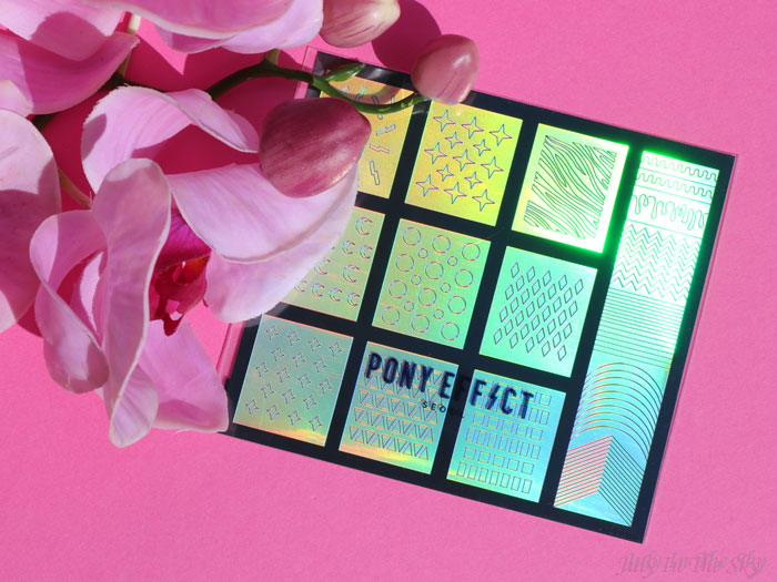 blog beauté kbeauty Joah Box avril avis test Nail Holographic Stencil Pony Effect