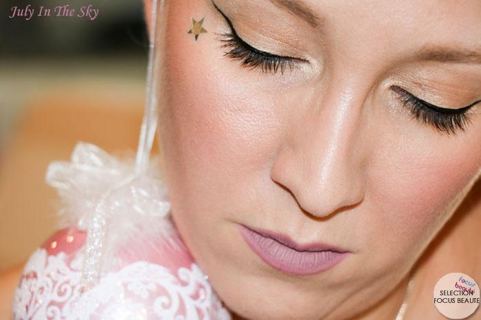 Un make-up naturel et lumineux pour les fêtes avec The Manizer Sisters de The Balm