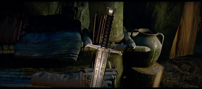 rey-arturo-leyenda-espada-06