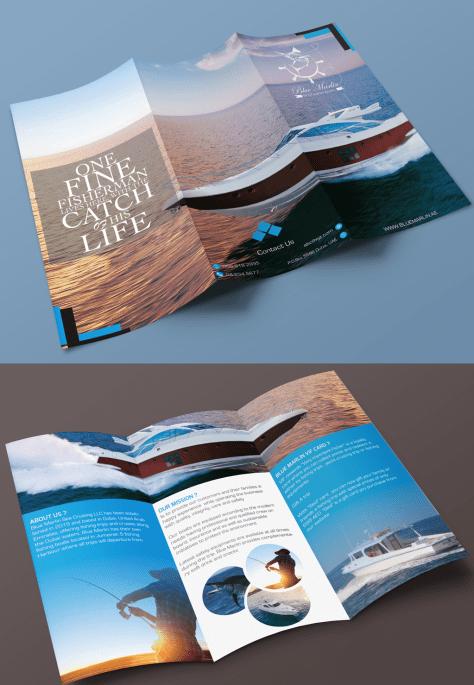 Vista de frente y dorso de una maqueta de un folleto tríptico para colocar tu diseño y que se vea realista