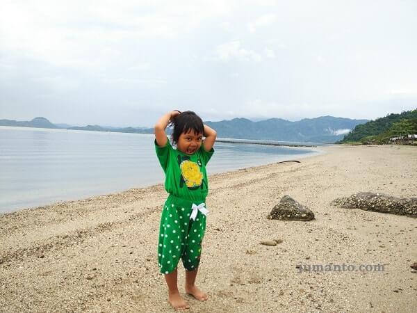 wisata Pantai Batu Mandi pesawaran lampung
