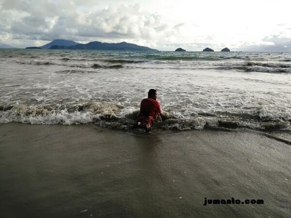 pasir putih pantai canti