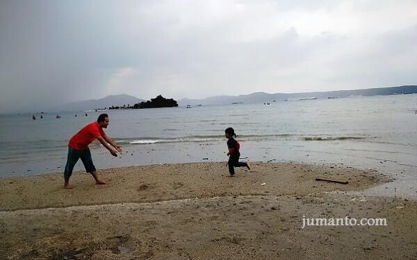 Pantai Queen Artha Lampung