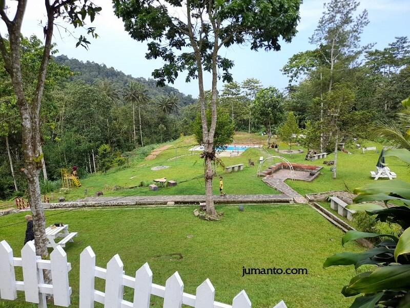 Villa Dan Kolam Renang Di Batu Keramat Tanggamus Lampung Yang Asri