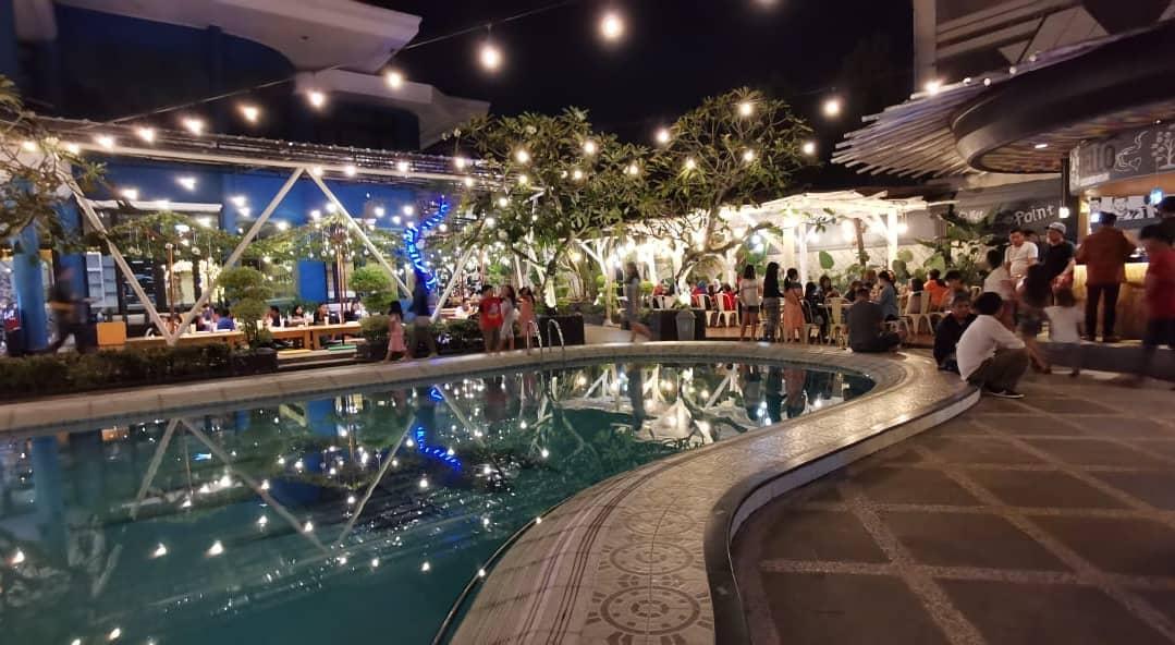 Ikisopoto Cafe Dengan Kolam Renang di Bandar Lampung
