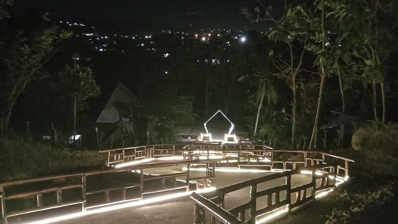 gambar cantiknya lampu wisata seni lampung malam hari