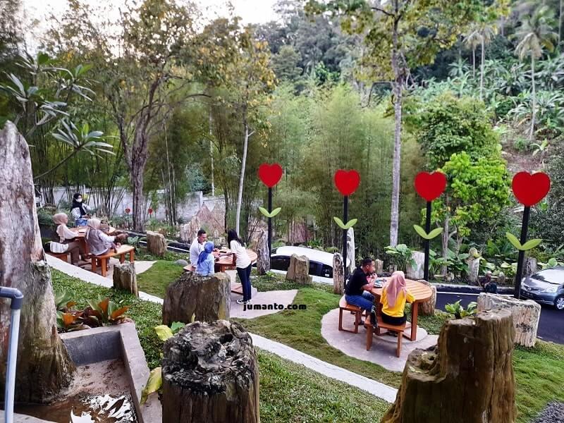 Lembah Batu Heritage Bandar Lampung, Cafe Instagramable Menu Wah