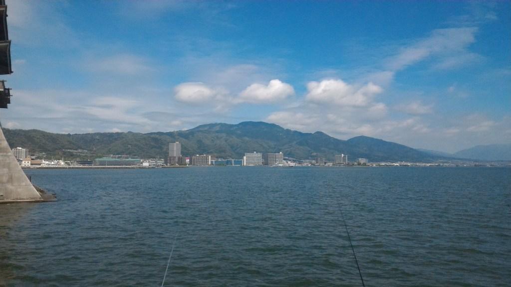 広大な琵琶湖の写真