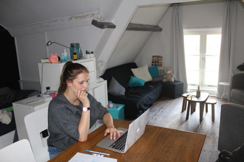 blogging in my new room