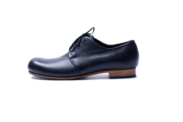 Black leather lace up shoes by JUNE9
