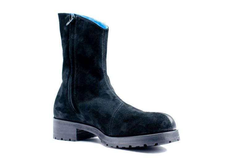 Suede leather halfboots with rubber sole by JUNE9