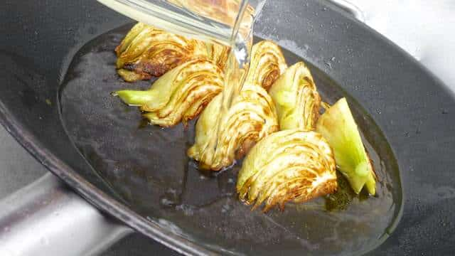 Braised fennel: crunchy fennel slices braised briefly in white wine... A great side dish for all kinds of beef, fish pork or chicken dishes. Eat your greens!