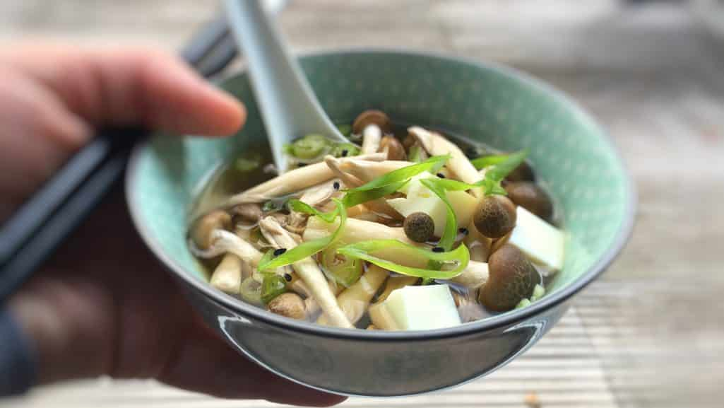 Yes, you can cook Japanese at home using everyday ingredients! Try out this Japanese mushroom soup with my homemade substitute for dashi!!