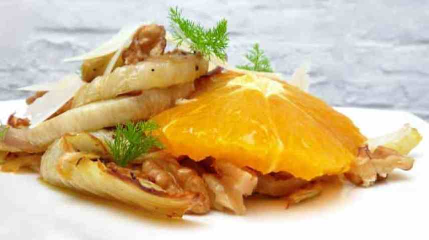 My roasted fennel salad with orange: another easy salad recipe you can make in advance. This fennel salad is a cute little salad!