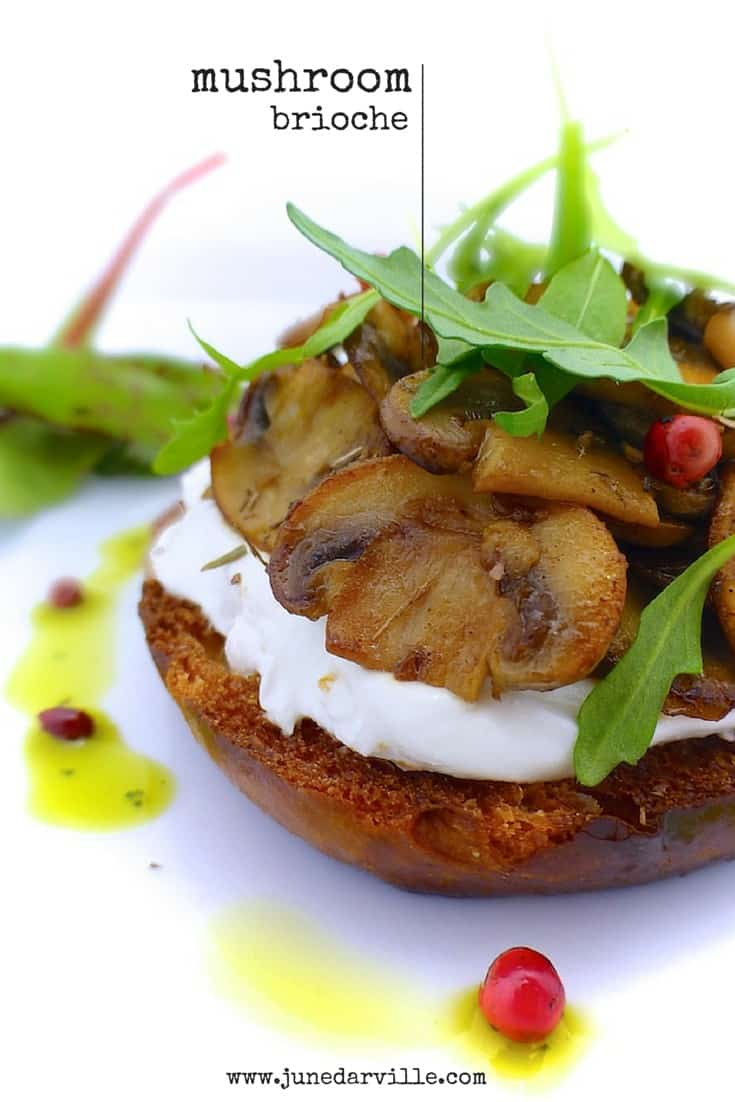 Here's a great little vegetarian starter recipe: my crispy warm mushroom brioche toast with creamy goat's cheese... Delicious!