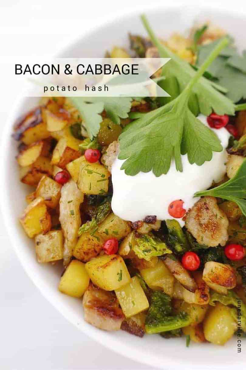 My baked potato hash with bacon, green cabbage and sour cream... This sounds like a pretty breakfast lunch, right? I love it!