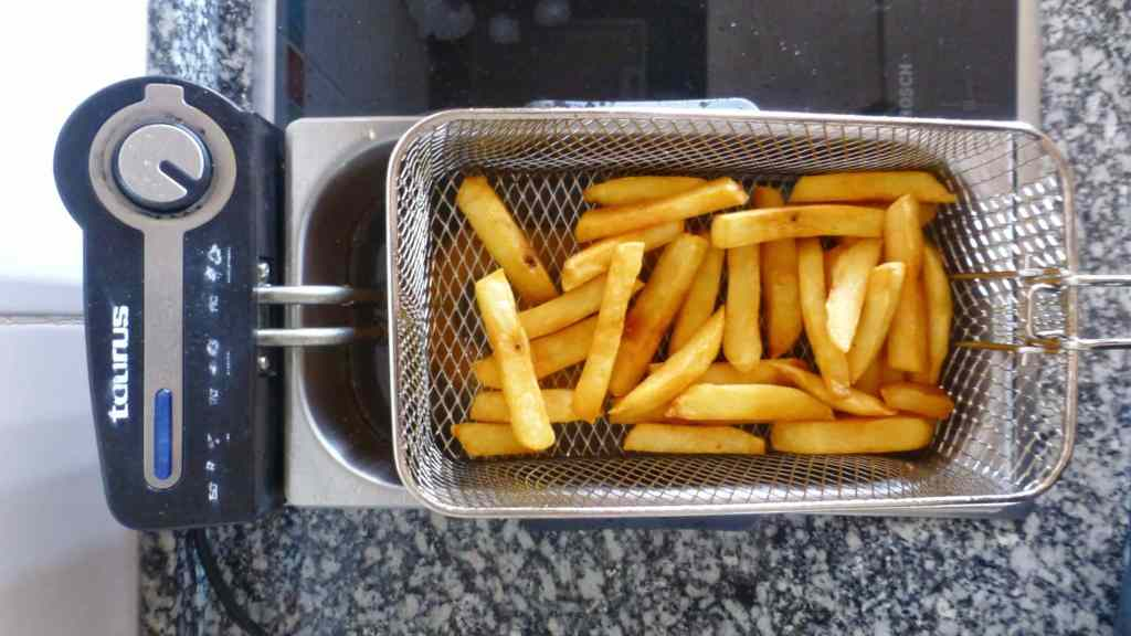 How To Make Fries... Best Belgian Fries!