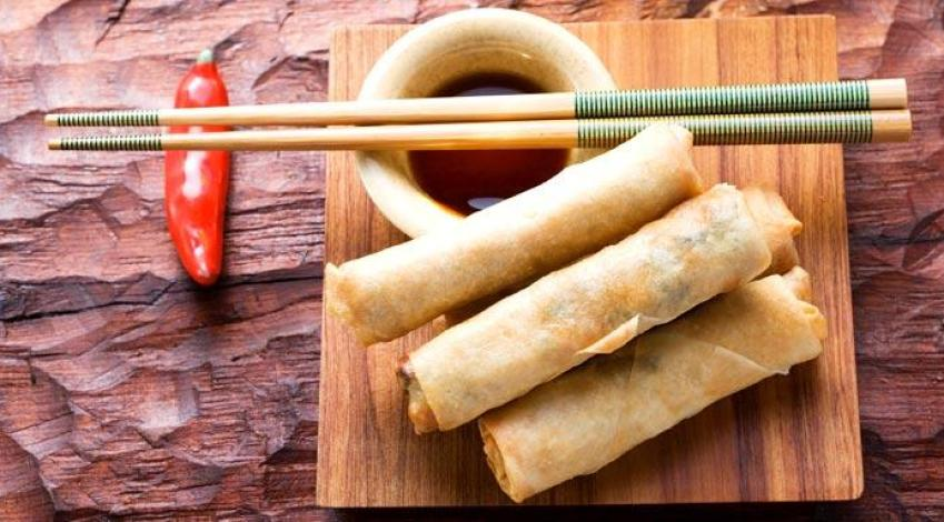 Do you like Chinese? Ever wondered why that Chinese takeaway food always tastes so great? Here's how to make your Chinese takeaway favorites at home!