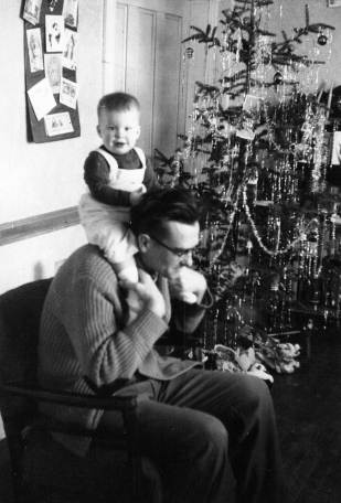 Christmas-1958-with-Daddy-s