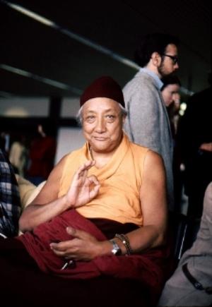 HH Dilgo Khyentse Rinpoche displaying the vitarka mudrā, 1976