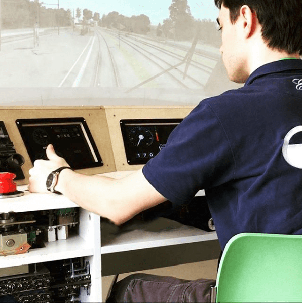 Simulateur de conduite d'un train par Guided Ways