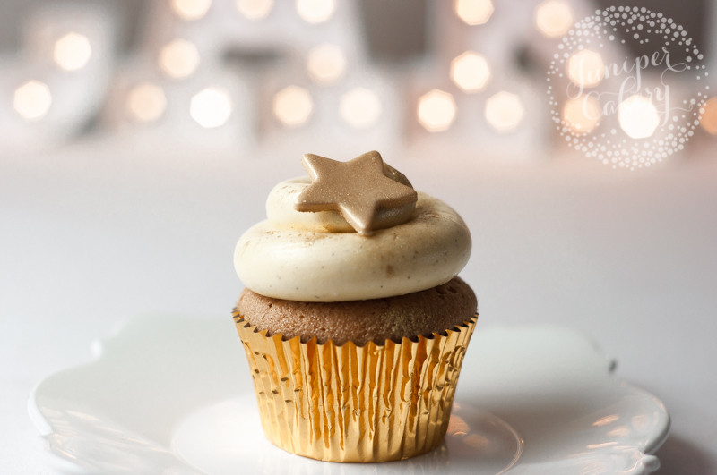Apple Strudel Christmas Cupcakes by Juniper Cakery