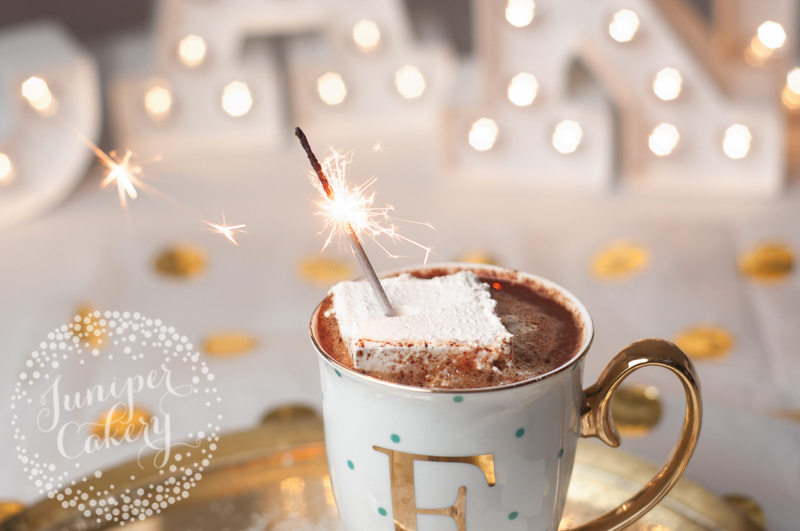 Homemade marshmallow recipe perfect for winter by Juniper Cakery