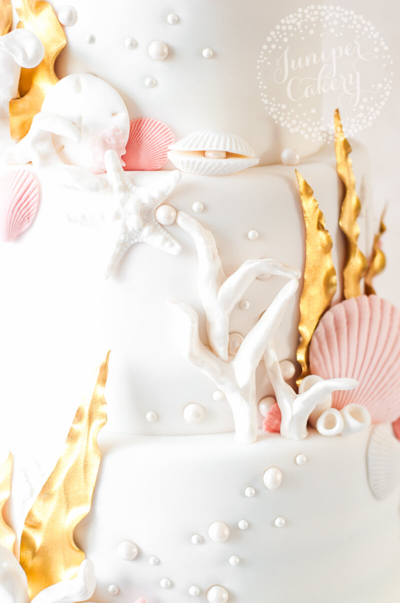 Sea themed wedding cake with 24k gold fondant seaweed by Juniper ...